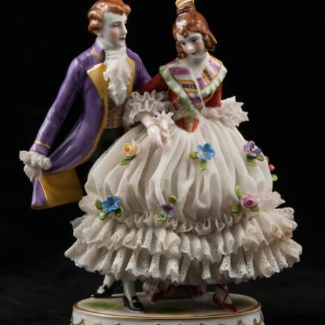 Кавалер и дама в кружевном платье, Muller & Co, Германия, 1907-52 гг
