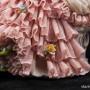 Дама с лютней в розовом платье, кружевная, Volkstedt, Германия