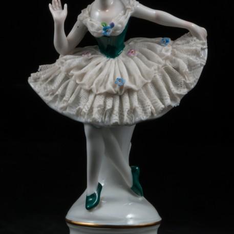 Балерина в пачке с зеленым лифом, кружевная, Volkstedt, Германия, 1915-36 гг