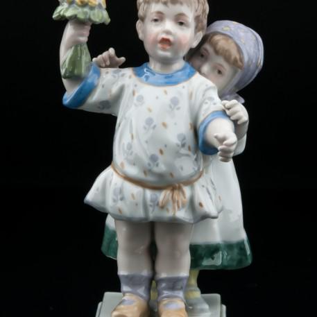 Дети с букетиком цветов, Karl Ens, Германия, нач. 20 в