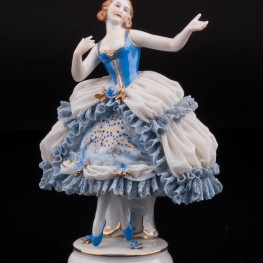 Девушка в голубом платье, кружевная, Muller & Co, Германия, нач. 20 в