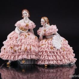 Две дамы с букетом цветов, кружевные, Muller & Co, Германия, нач. 20 в