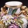 Декоративная ваза с лепными цветами, John Bevington, Великобритания, 1872-1892 гг