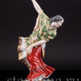 Фарфорвая статуэтка Танцовщица с зеленой шалью, Dressel, Kister & Cie, Германия, нач. 20 в.