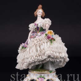 Девушка в бальном платье, кружевная, Muller & Co, Германия, нач. 20 в