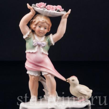 Девочка и цыпленок, Karl Ens, Германия, 1920-30 гг