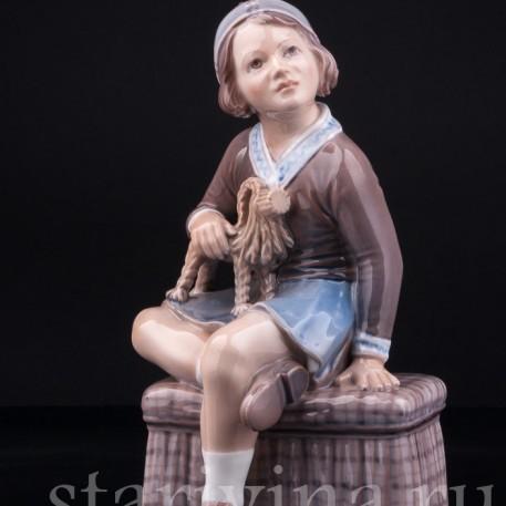 Девочка с рождественским козликом, Dahl Jensen, Дания