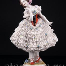 Девушка в кружевном платье, Volkstedt, Германия, до 1935 г