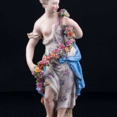 Девушка с цветочной гирляндой (Аллегория Весны), Meissen, Германия, кон. 19 - нач. 20 вв