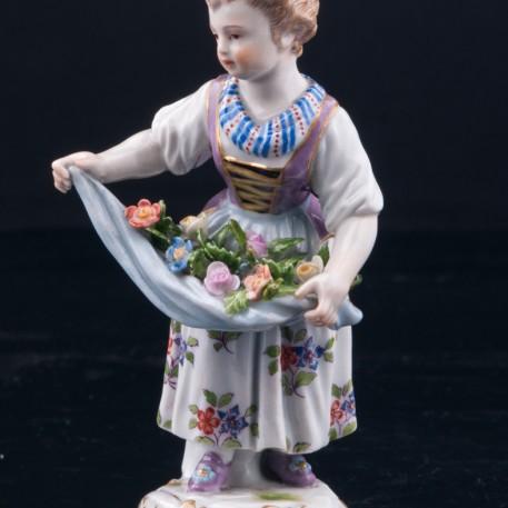 Девочка с цветами в подоле, Meissen, Германия, 19 в