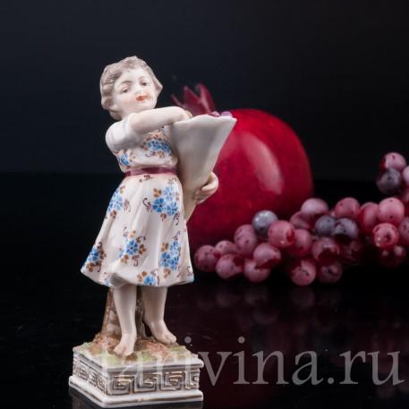 Рог изобилия, девочка с фруктами, Volkstedt, Германия, 1886-1894 гг