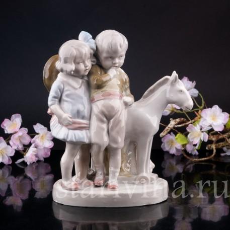 Дети с игрушечной лошадкой, Германия, нач. 20 в