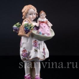 Девочка с корзиной и куклой, E & A Muller (Schwarza-Saalbahn), Германия, 1890-1927 гг.