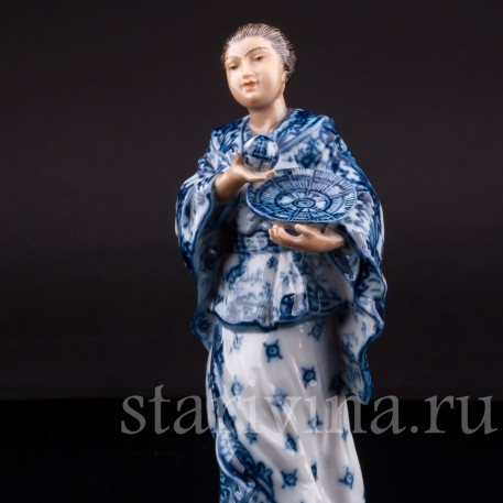 Фигурка из фарфора Китаянка с шаром, Volkstedt, Германия, кон. 19 в.
