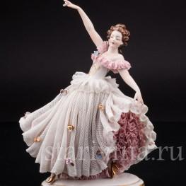 Статуэтка Танцующая девушка, кружевная, Ackermann & Fritze, Германия, нач. 20 в.