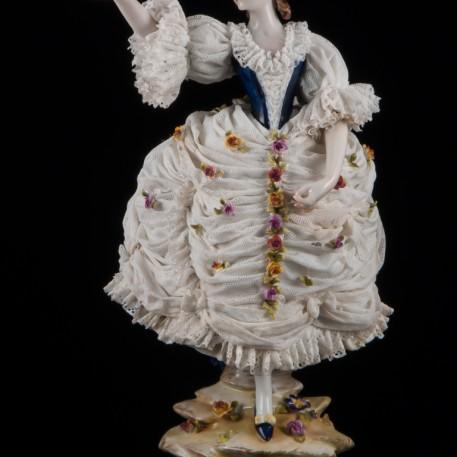 Дама с султаном из перьев, кружевная, Volkstedt, Германия, кон. 19 - нач. 20 вв